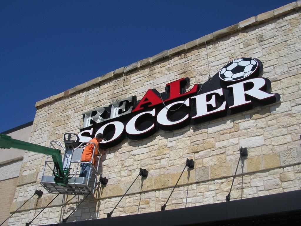 Sign Repair & Maintenance Services - Signs of Intelligence in Peachtree Corners, Brookhaven, Chamblee, Alpharetta, Brookhaven, Chamblee, Duluth, Dunwoody, Johns Creek, Lilburn, Norcross, Sandy Springs, Atlanta, Suwanee